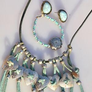 Southwestern Turquoise Bundle Necklace Earrings